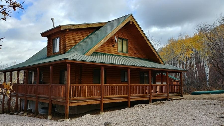 Can You Paint A Log Cabin Don T Do