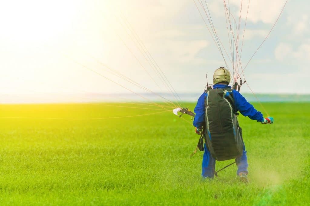 Paramotor vs Paragliding: Which One is Safer? – Outdoor Troop