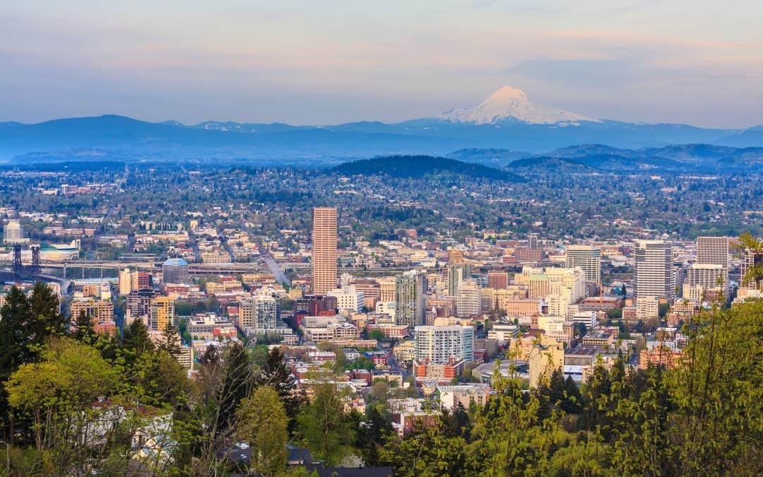 13 Perfect Sledding Spots Near Portland
