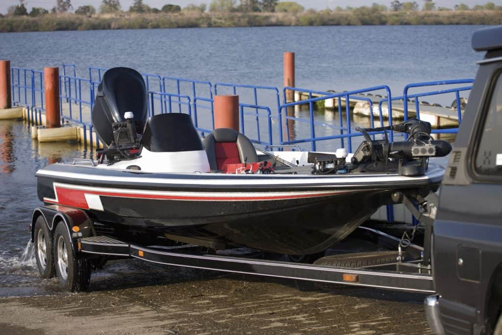 Checklist For Buying A Used Bass Boat Check These 21 Things Outdoor Troop