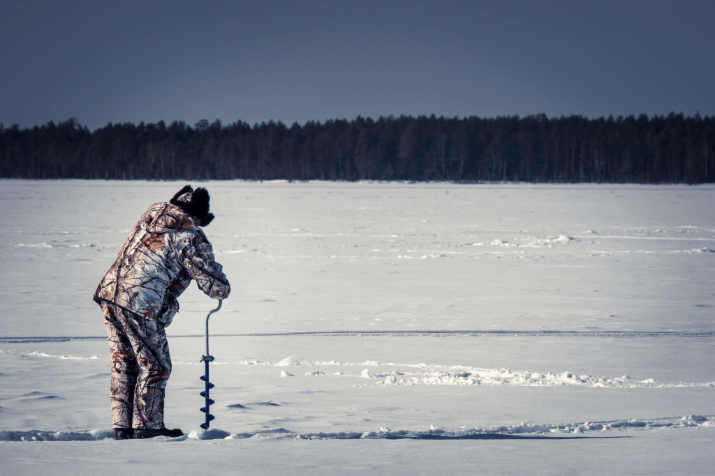 Best Manual Ice Fishing Augers (And which one I'd pick
