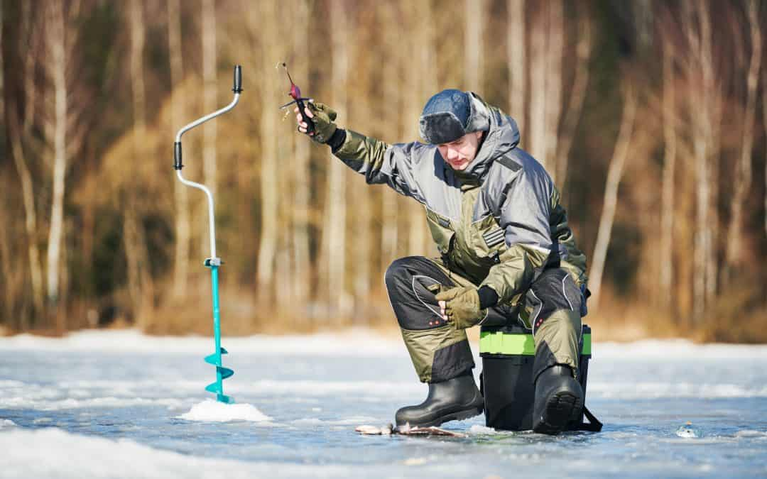 What to Wear Ice Fishing to Stay Dry and Warm