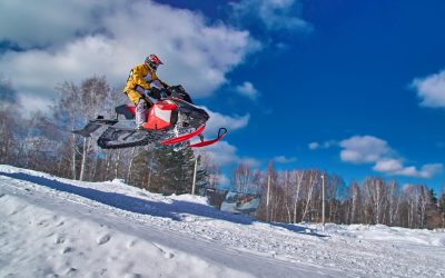 What Is the Average Weight of a Snowmobile? (With Examples of Top Models)